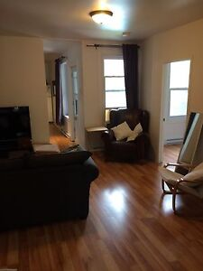 Chambre à louer/room to rent St Henri/Atwater/Sud Ouest