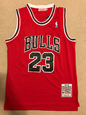 Michael Jordan #23 Throwback Chicago Bulls Red Mens Jersey