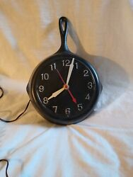 Vintage Cast Iron Frying Pan Skillet Kitchen Wall Clock UNIQUE PRODUCTS