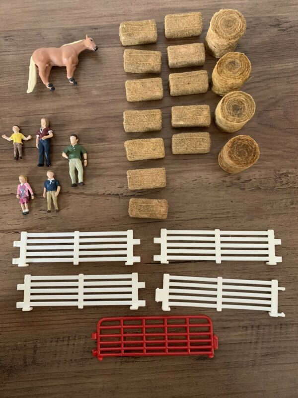 Breyer Horse Mini Whinnie And Micro Mini Artist Resin Horse Scale Props