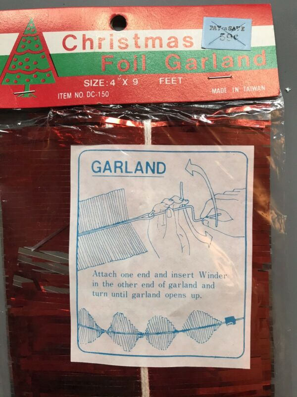 "Vintage Foil Christmas Twist Garland Red 9'x4"""