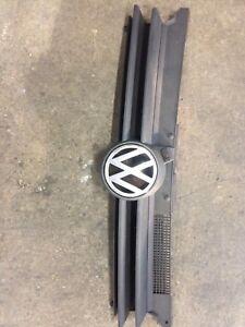 Mk4 golf grill flat black OEM