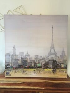 A painting of   Eiffel  tower Paris