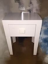 Very new Small size SIDE white table. Chatswood Willoughby Area Preview