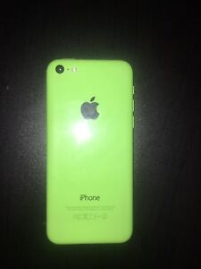 iPhone 5c 32 GB unlocked * NEEDS BATTERY REPLACED*
