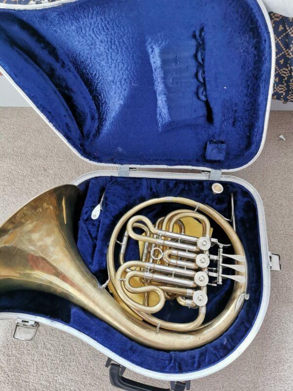 Hans Hoyer French Horn