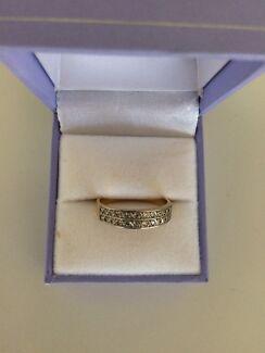 Womens wedding ring