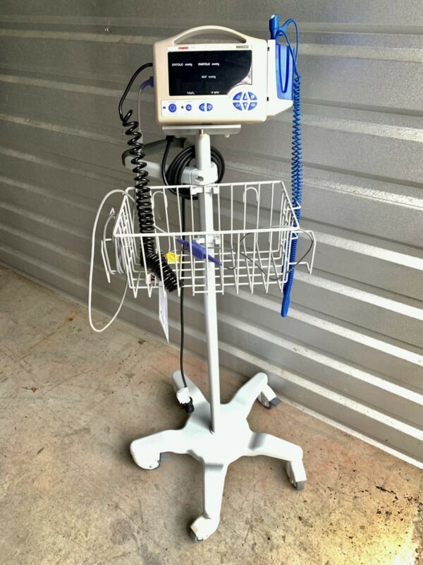 CasMed 740 Patient Vital Sign Monitor w/ cart stand SPO2, Temp, BP, Battery