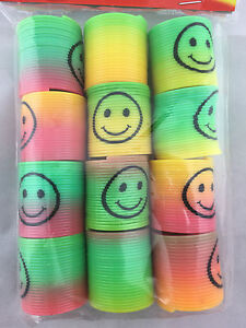 36 Mini Colourful Rainbow Slinky Plastic Magic Slinky Kids Toy Party Favour Bulk