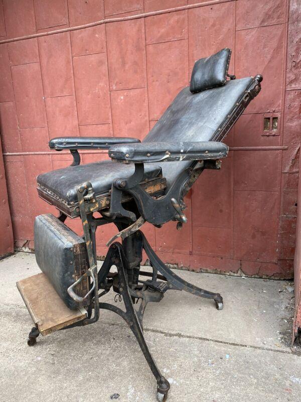 1890s Harvard Co Canton OH Industrial Dental Chair Cast Iron Adjustable Lounge
