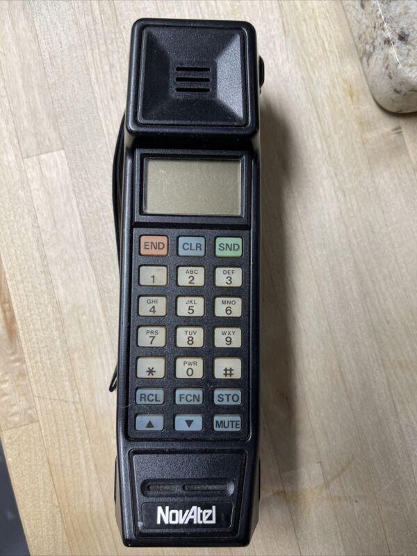 VINTAGE NOVATEL BLACK BRICK CELL PHONE MODEL PTR800A
