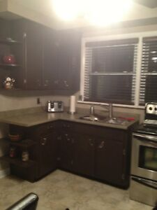 Large 3 Bed Exec Apt Close Queens and St Lawrence