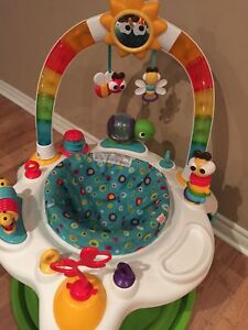 Bright Starts  Activity Saucer /  Bouncer  new condition!!