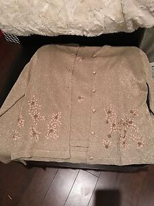 PICS DON'T DO IT JUSTICE!!! Gold Shimmer Sweater Set XL