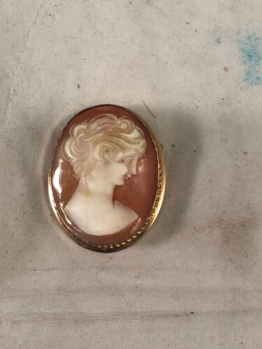 Vtg Van Dell GF Carved Shell Cameo Brooch/Pin, Pre-Owned