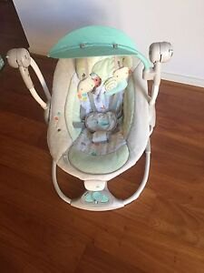 Baby swing Merrimac Gold Coast City Preview