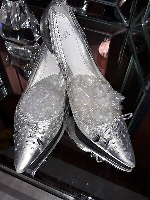 Ladies HOGL Silver Leather 60's Style Kitten Heels Shoes  Size 6