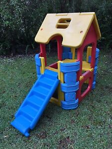 Cubby play house Kareela Sutherland Area Preview