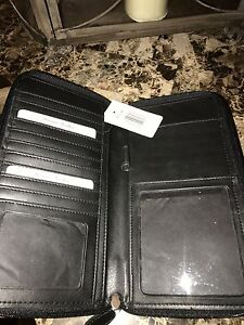 Genuine leather travel wallet - brand new Kitchener / Waterloo Kitchener Area image 3