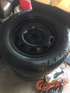 4 winter tires 195-65-15 PIRELLI with Volkswagen rims 5x112mm
