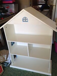Childs Shelves or Dolls House Peregian Beach Noosa Area Preview