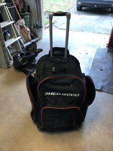 Sherwood Hockey Bag for novice/atom/peewee.