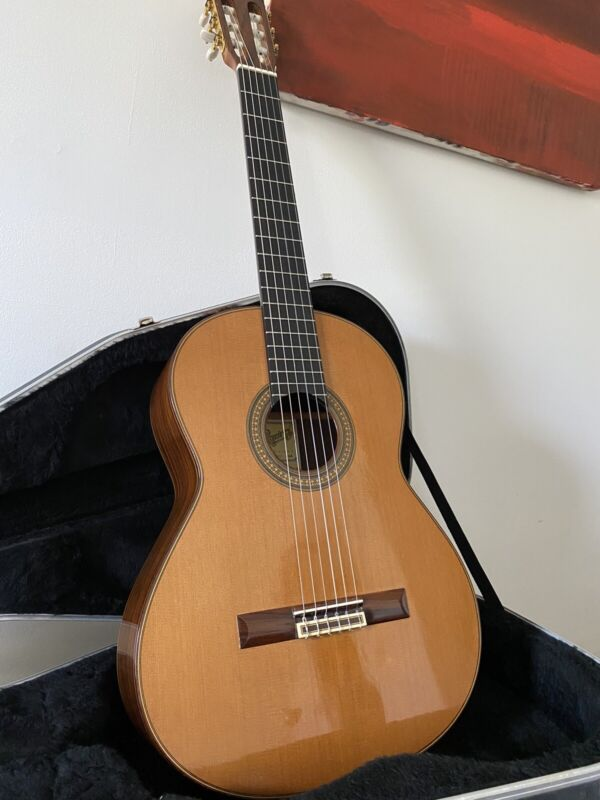 Jose Ramirez 1a C-650 Traditional Classical Guitar 2002 — STUNNING!