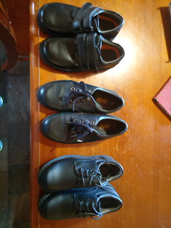 Kid School shoes x3 (near new) Elmhurst Pyrenees Area Preview