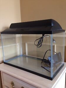 10 gallon fish tank with LOADS of extras