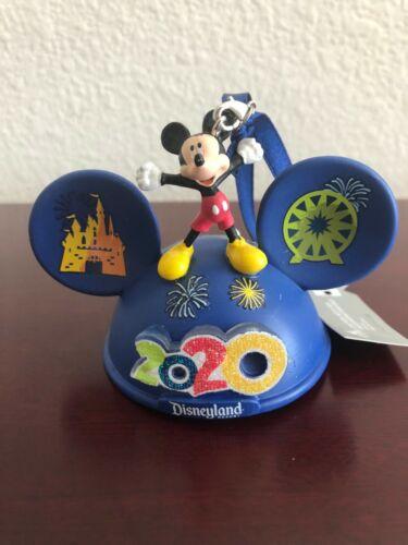 Disney Parks Disneyland Mickey & Friends 2020 Light Up Ear Hat Ornament NWT