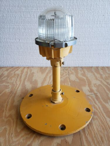 Rare Double Globe Taxiway Lamp Airport Runway Light Plane Helicopter Mancave #20