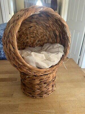 Woven Kitten Bed Raised Basket Wicker Cave/Igloo Pod Used