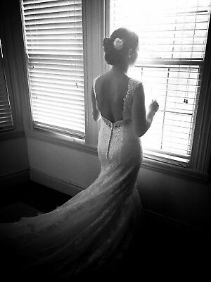 Used, Stunning Lace Wedding Dress size 10 for sale  Shipping to Canada