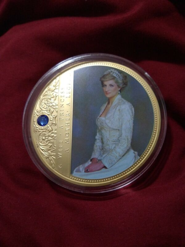 Portraits of a Princess Diana a Princess commemorative coin
