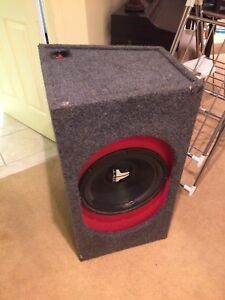 "JL audio HO Wedge 15"" subwoofer box"