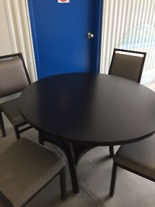Beautiful dining room table and 4 chairs (free delivery)