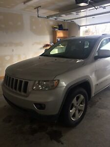 "2011 JEEP GRAND CHEROKEE "" Priced for quick sale"""