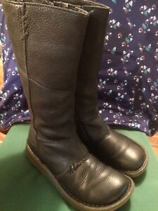 Dr Martens Ladies/womans Authentic Wedge Mid Calf Leather Boots
