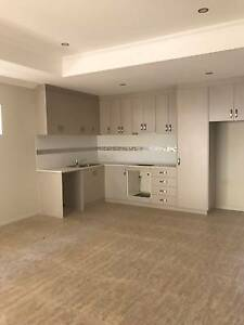 MODERN BRAND NEW 3X2 IN WESTMINSTER Westminster Stirling Area Preview