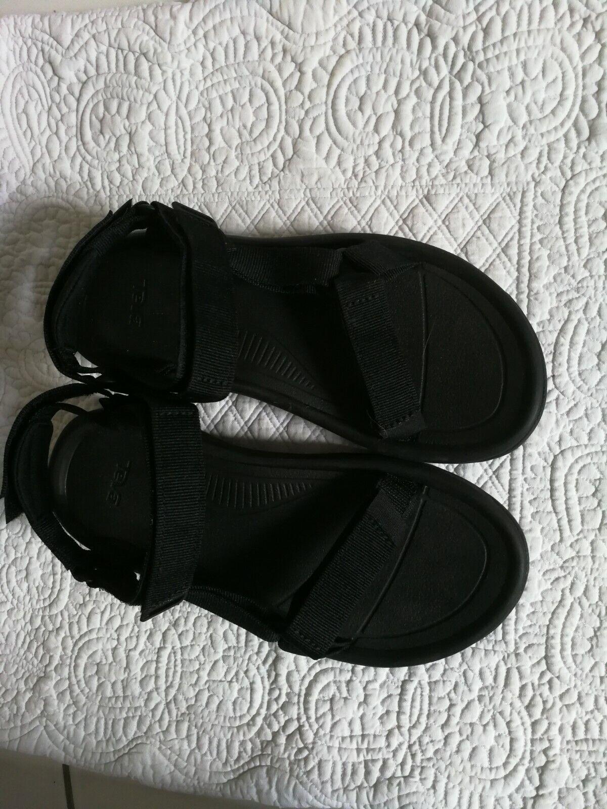 Teva Damen Trekkingsandalen Outdoor Sandalen schwarz neuwertig Gr.39
