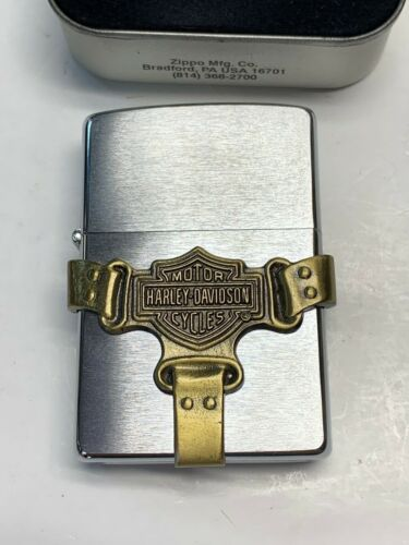 HARLEY DAVIDSON ZIPPO STILL SEALED IN METAL CASE BUCKLE & SHIELD H215 BOOTATRAP