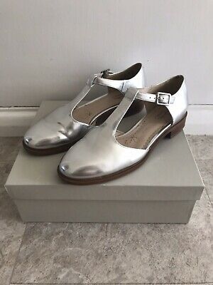 Clarks Somerset Taylor Palm Silver Mary Jane Brogue Shoes Size 5