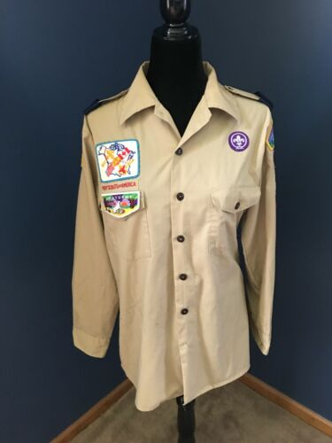 Long Sleeve Boy Scout Shirt with Badges Size Medium