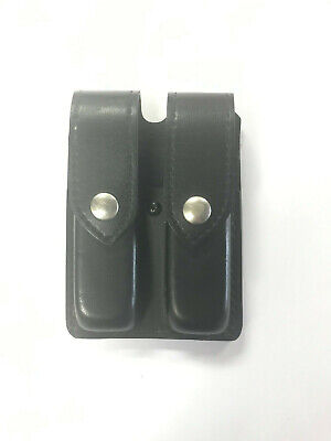Safariland Double Mag Pouch - Safariland #77 double mag Pouch For S&W 59 And Beretta 92 in very good condition