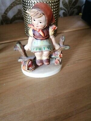 Goebel Hummel Figurine Just Resting