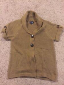 Woman's Petite small and medium clothing