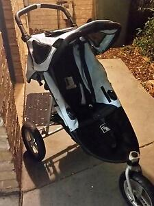 Valco 3 wheel pram Ngunnawal Gungahlin Area Preview