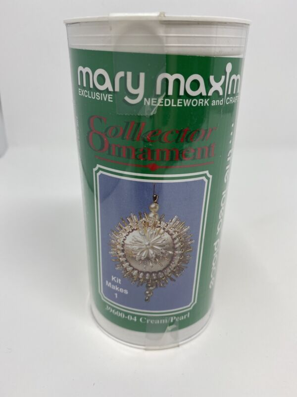 Christmas Holiday Mary Maxim Collector Ornament KIT Cream/Pearl 39600-04