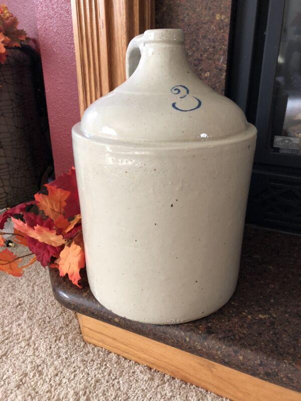 Vintage shoulder 3 Gallon crock stoneware jug.