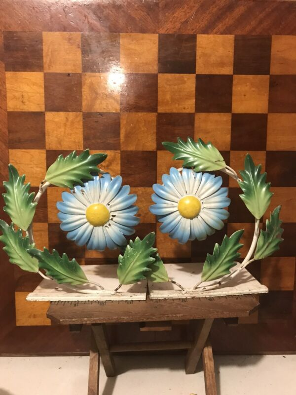 RARE VINTAGE ITALIAN ITALY TOLE METAL BLUE DAISY FLOWER PAIR BOOKENDS